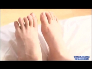 Japanese Girl with Smelly Licking Sexy Feet