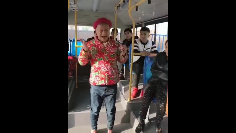 Tanec_v_avtobuse_rzhaka_spaces.ru-spcs.me