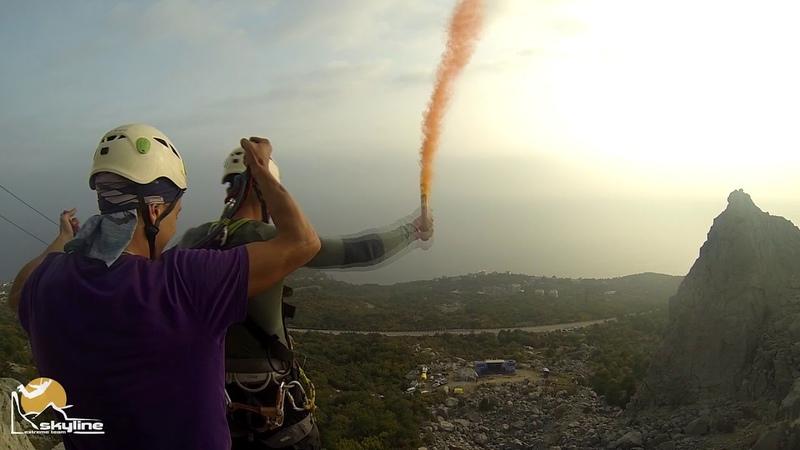 Пик Балаклавы скала Парус Прыжки с верёвкой в Крыму с командой Skyline