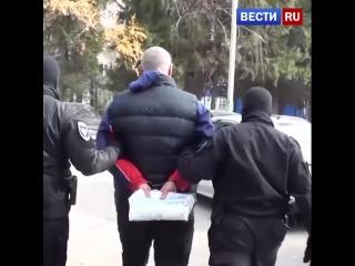 Опубликовано видео задержания педофила в Омске