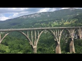 Мой полет на тросе вдоль моста Джурджевича через реку Тара , Черногория 07.2018