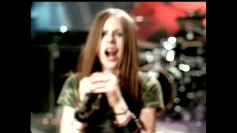 04. Avril Lavigne - Losing Grip