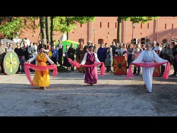 Античный танец с паллами Ancient dance with pallas