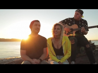 Красивый кавер на пляже песни Owl City - Fireflies AT THE BEACH от Andie Case