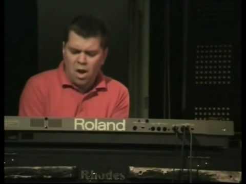 Jukkis Uotila piano solo on Havona