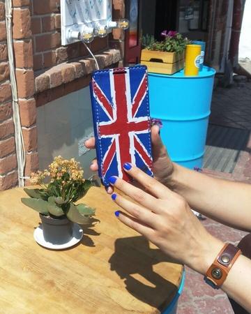 """ИЗДЕЛИЯ ИЗ КОЖИ _ BOVI on Instagram: """"Как оказалось - раскрас Бритиш флаг пришелся вам по вкусу, наши дорогие подписчики, и за ремнем последова..."""