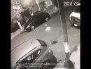 Голый извращенец из Мексики преследовал студентку и попал на камеры видеонаблюдения