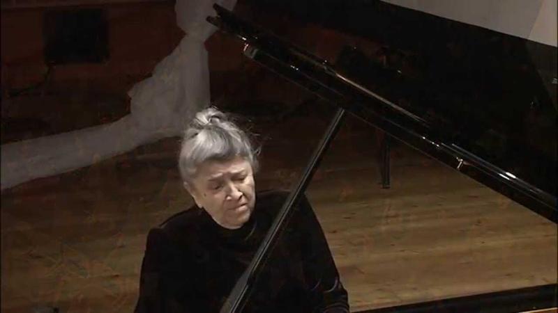 Mary Lebenzon plays Chopin Mazurka a moll op 17 №4