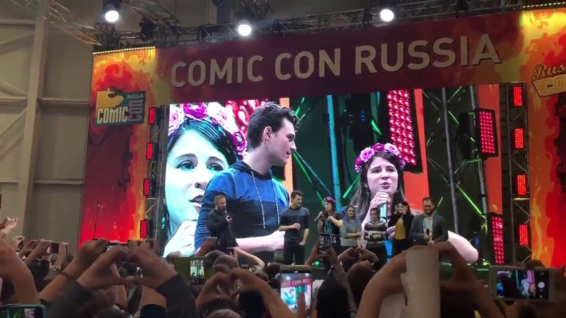 Bryan Dechart and Amelia COMIC CON RUSSIA