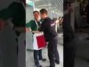 Болельщик на досмотре показал ЧЛЕН полицейскому ЧМ-2018, иностранцам всё можно!
