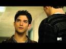Скотт горячая девченка / Волчонок / Teen Wolf