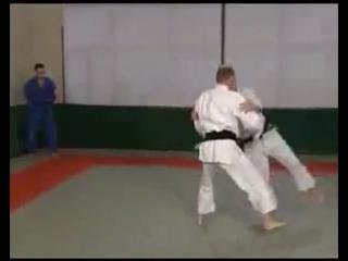 Уроки дзюдо от Путина http://vkontakte.ru/id14335231