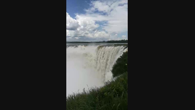 Водопады Игуасу, «Глотка дьявола», вид с аргентинской стороны