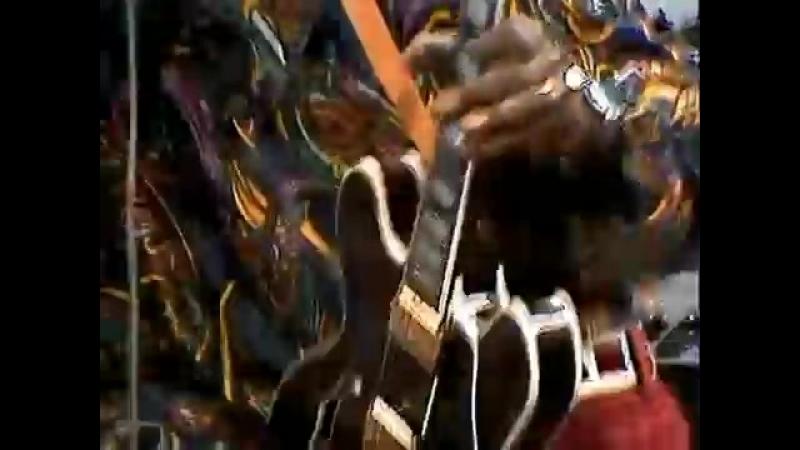 Chuck Berry - Johnny B. Goode - ( Alta Calidad ) HD ( 360 X 480 ).mp4