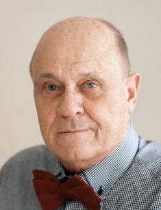 actor Владимир Меньшов. Владимир Валентинович Меньшо́в (род. 17 сентября 1939, Баку) - российский актёр, сценарист, кинорежиссёр, продюсер. Биография. Родители были родом из Астрахани, а в