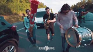 Moon Hooch - Traffic Cone Traffic Jam /