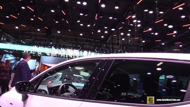 2019 Renault Clio Limited - Exterior and Interior Walkaround - 2018 Paris Motor Show