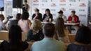 Пресс конференция в Липецке в ТРЦ Европа с группой НА-НА . Видеограф Ирина Данилина.