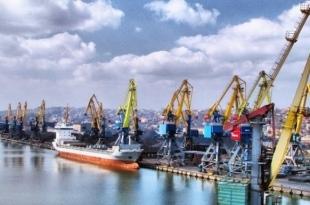 Климкин выложил фото полупустого порта Мариуполя