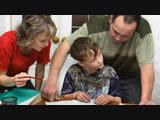 Треть родителей делают уроки вместе с детьми, а половина за них