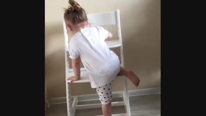 Видео отзыв о детском стуле УСУРА