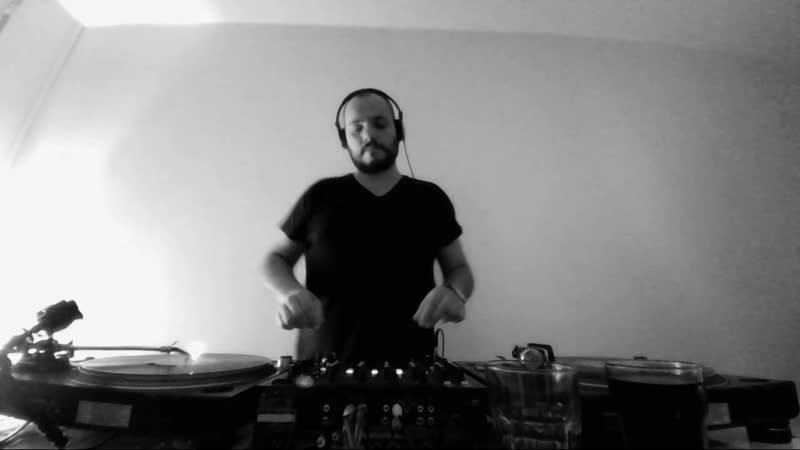 Lcaise - Mix at Tanztone Records, Berlin Nov 2018 (minimal dub click house, vinyl only)