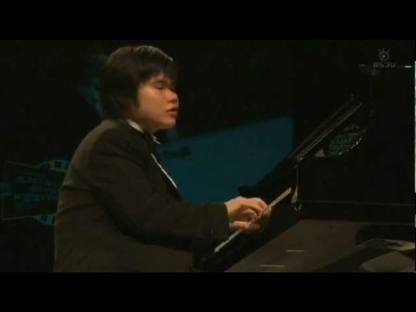 Nobuyuki Tsujii performs Mozart's Sonata No. 11 辻井伸行:モーツァルト part 1 of 2