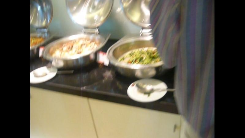 Завтрак в ХОРОШЕМ отеле Паттаи