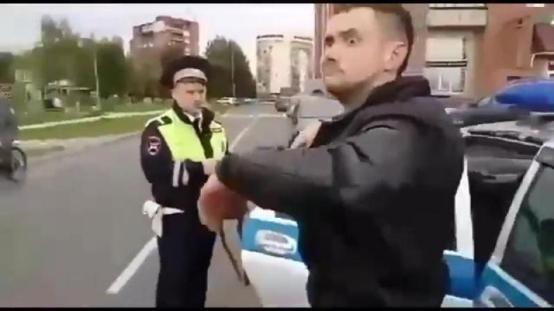 Внимание! Электорат Путина за рулем! Психически неустойчивым НЕ СМОТРЕТЬ!