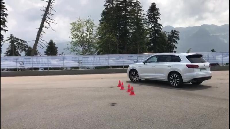Автономия Volkswagen Тест Touareg №1