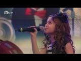 Божественный голос! маленькая девочка словно взрослая (хорошее настроение, талант, будущая звезда, певица на сцене, шоу).