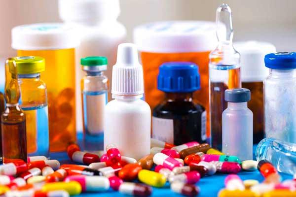 Лекарство или лекарственные средства отличаются по типу и действуют по назначению
