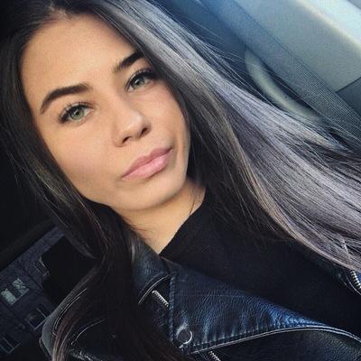 Женя Лисицына