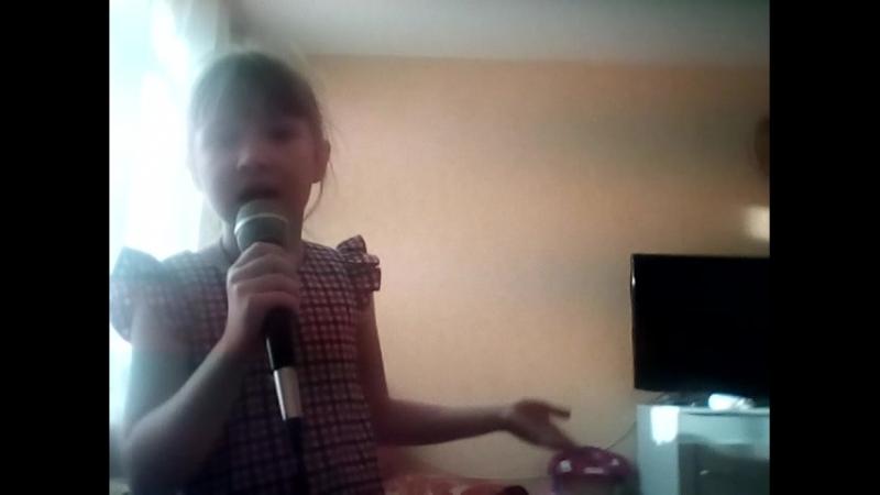 я пою песню кот на клавишах