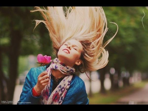 Mujer con curvas de Rusia, Svetlana Fedoskina, hermosa modelo, voluptuosa Penza