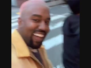 Kanye pulling up in the maybike