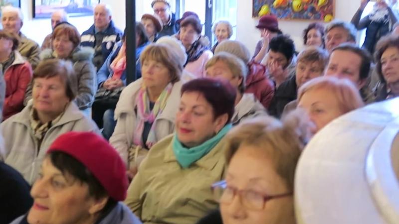 Бард Александр Звенигородский дал концерт в музее Грина