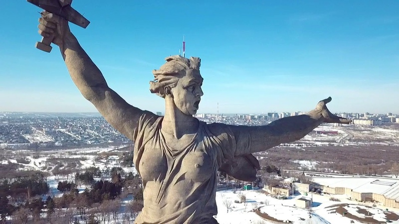 Родина-мать с высоты птичьего полета (дрон) Волгоград