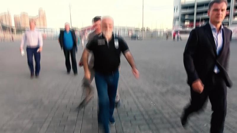 Саввиди убегает, Журавель снимает. Репортаж с матча Спартак - ПАОК