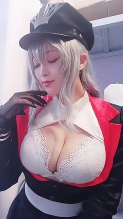 Graf Zeppelin Azur Lane Cosplay