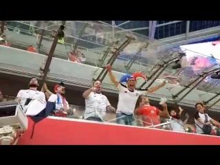 Реакция болельщиков на гол Коста-Рики - Регион-52