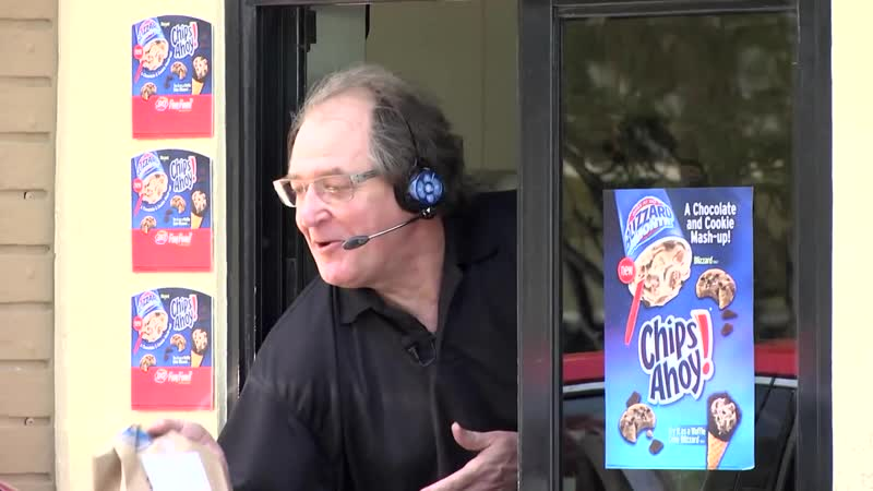World Renowned Soccer Commentator Ray Hudson Surprises Fans at DQ