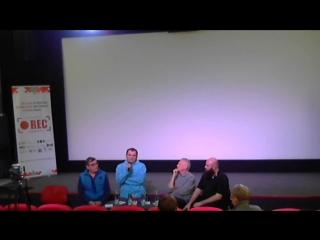 Live: Дискуссия с режиссёром шок-сериала SOSеди