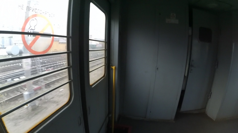 Отправление с вокзала Белгород в вагоне электропоезда ЭД4М-0166