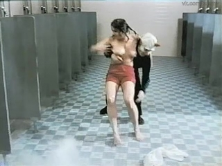Сексуальное насилие(изнасилования,rape) из фильма: the student teachers - 1973 год