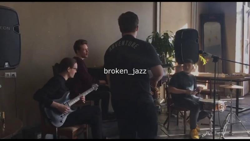 Broken jazz CHILL LO FI MIX