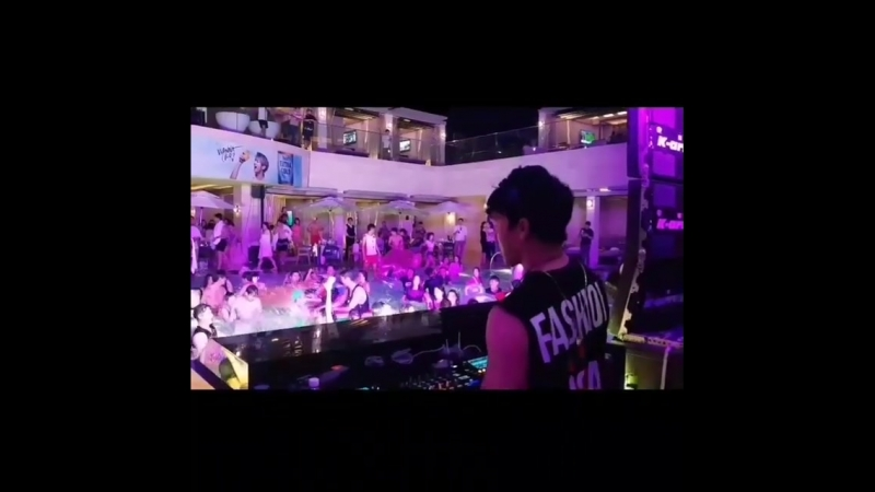 [20.07.2018] 2018 YOUR PARADISE CHROMA POOL PARTY~Bigbrother~Calling in love