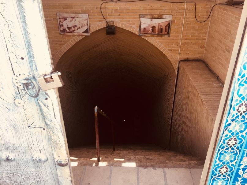 Вход в подземный город