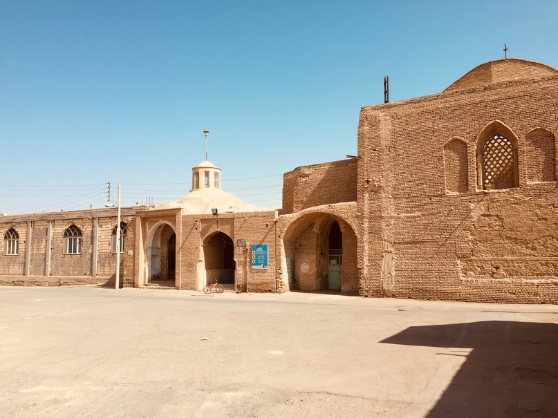 Улицы Noush Abad
