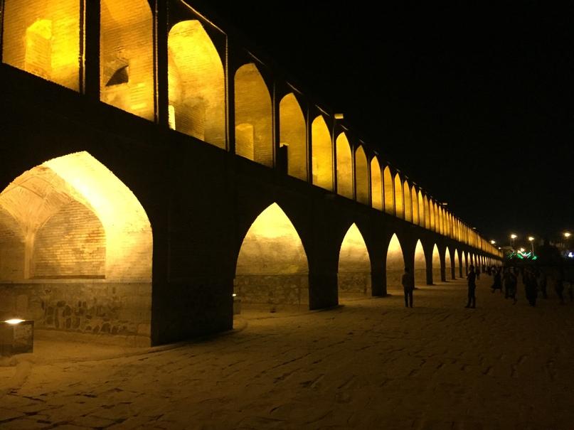 мост Si-o-Se Pol